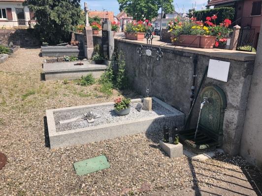 Friedhofszapfsäule